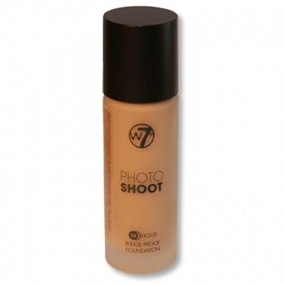 W7 Photo Shoot 16 Hour Budge Proof Foundation True Beige 28ml